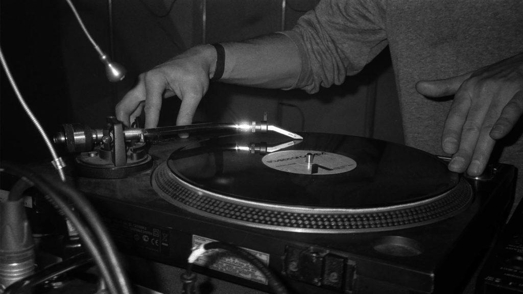 DJ Kurzus DJzés OKtatás
